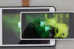 Z ULTARA vs iPad mini Retina 動画視聴比較